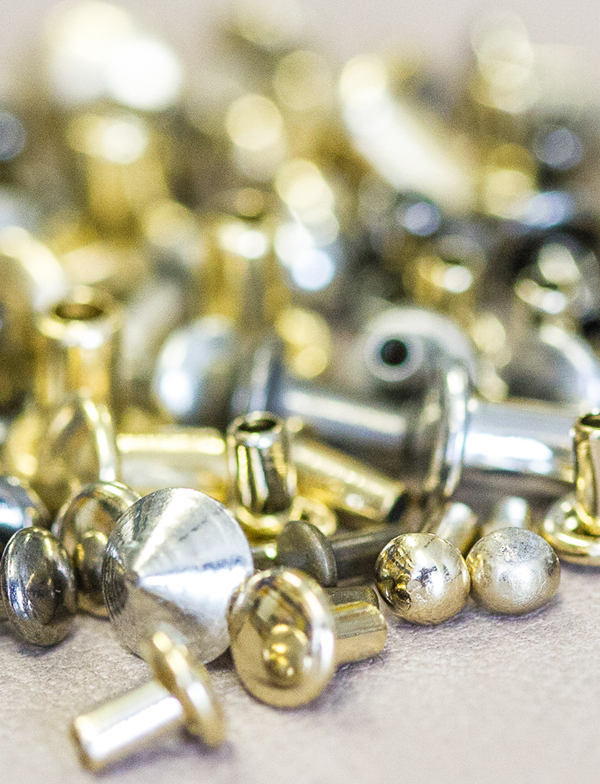 Manufacturer of high fashion rivets