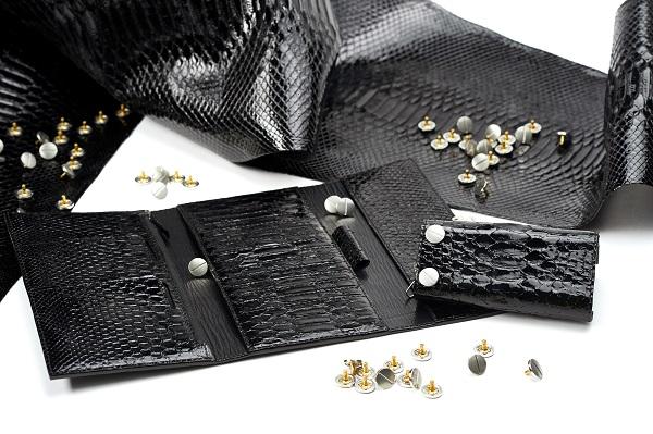 Gli accessori in zama comprateli solo da Wealth S.r.l.
